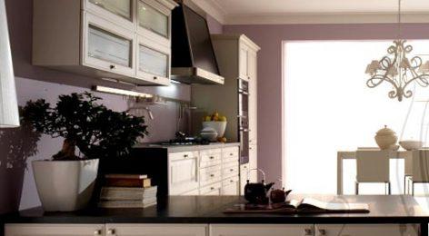 Кухня массив бежевая