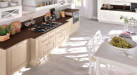 Кухня из массива дерева, фабрика Модные кухни