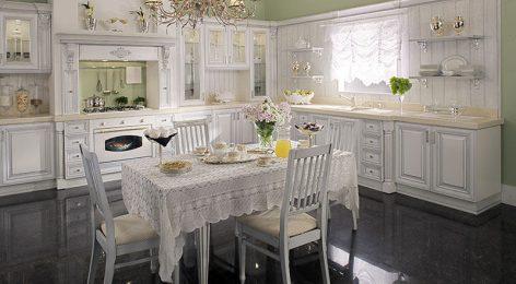 Белая классическая кухня на заказ