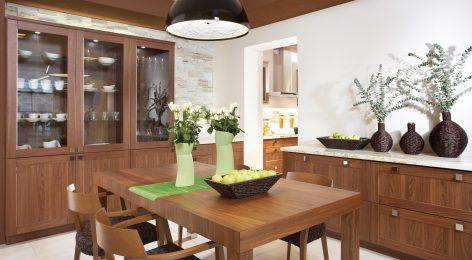 Большая стильная кухня по индивидуальному проекту