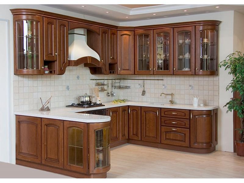 кухня Гварнерия в классическом стиле